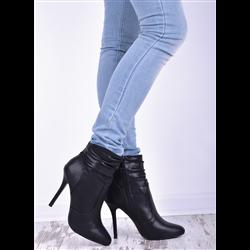Eleganckie krótkie botki Olaya czarne
