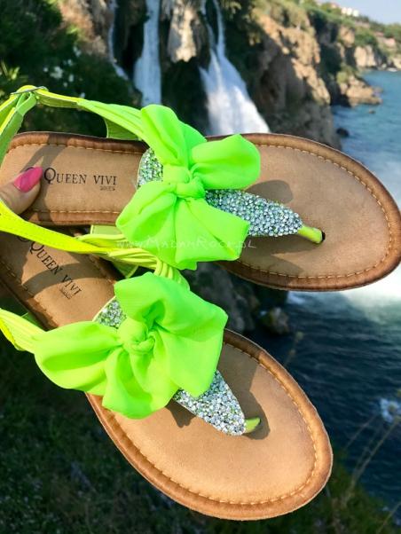 Sandałki z kokardkami Madam...