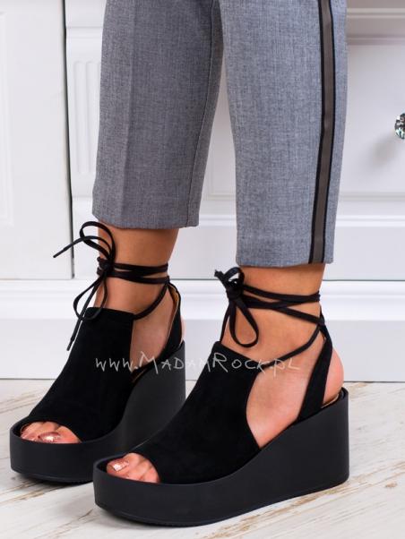 Sandały na platformie Madam...