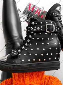 Sneakersy Rock Queen