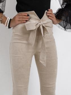 Elastyczne zamszowe spodnie...