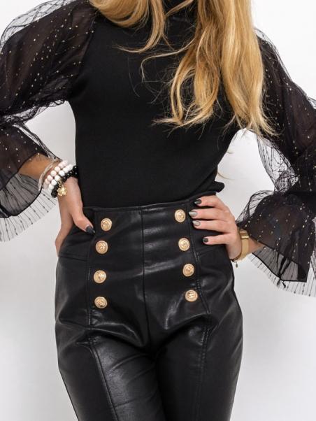 Spodnie skórzane z guzikami...