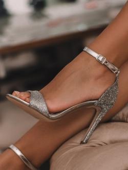 Sandały na szpilce Madam...