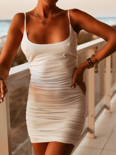 Krótka sukienka marszczona...