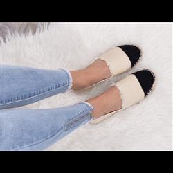 Czarne sandały koturny espadryle