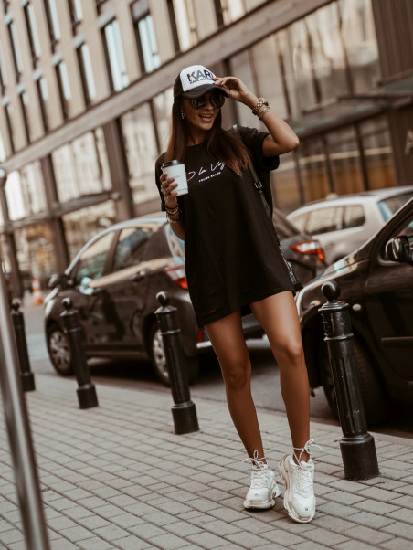 T-shirt overize Holes czarny
