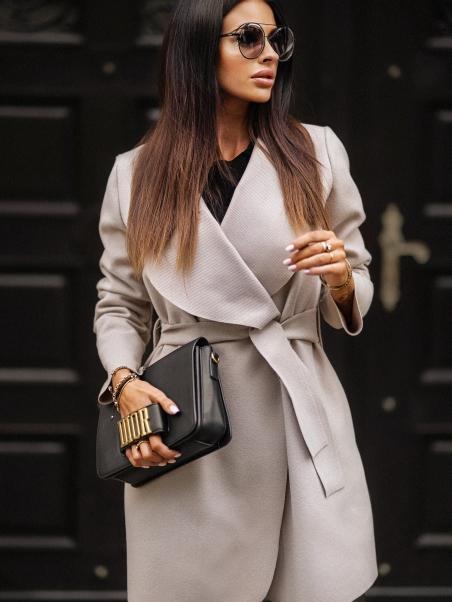 Płaszcz wiązany Tied Coat...