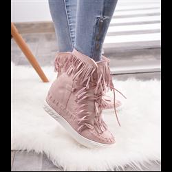Płaskie karmelowe sandały ze złotymi blaszkami