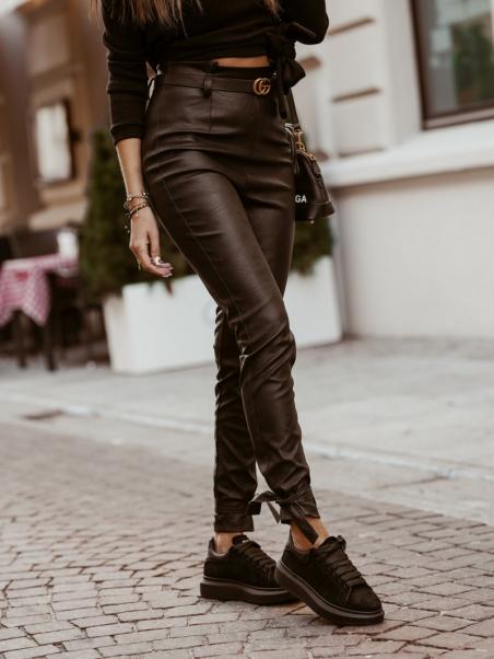 Spodnie skórzane wiązane...
