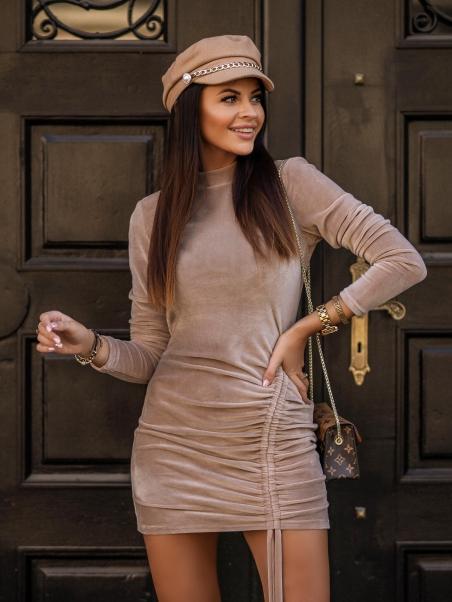 Sukienka welurowa klasyczna...