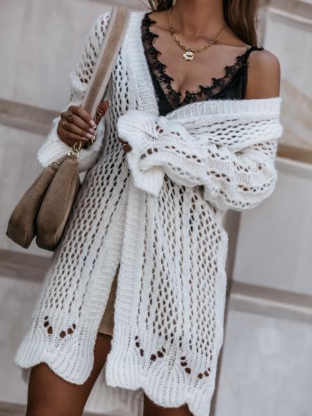 Sweter ażurowy z falbankami...
