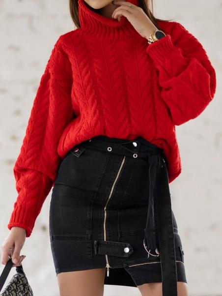 Sweter z golfem Braid czerwony