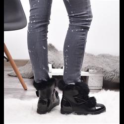 Zamszowe czarne kozaki over the knee