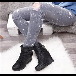 Stylowe białe sneakersy z puszkiem