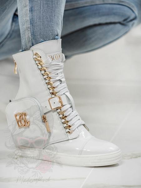 Sneakersy lakierowane z...