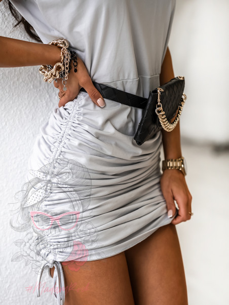 Sukienka marszczona Elbis...