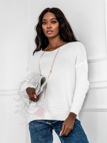 Sweterek moherowy Soesz biały